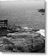 Shoreline And Shipwreck - Portland, Maine Bw Metal Print