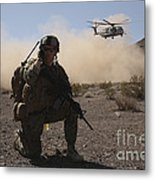 Solders Are Inserted By A Ch-53 Super Metal Print