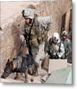 Soldiers Move To The Roof Of A Metal Metal Print