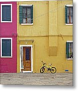 Standing By For A Quick Get Away In Burano Italy Metal Print