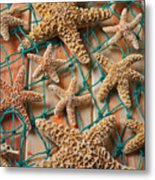 Starfish In Net Metal Print by Garry Gay