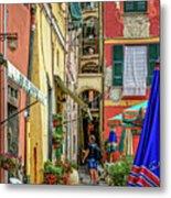 Street Scene Vernazza Italy Dsc02651 Metal Print