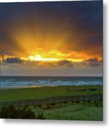 Sun Rays At Long Beach Washington During Sunset Metal Print