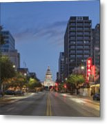 Texas Capitol And The Paramount From Congress Metal Print