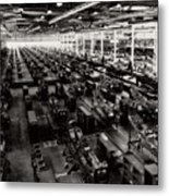 The Assembly Plant Of The Bell Aircraft Corporation In 1944 Metal Print