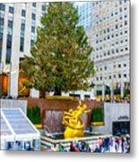 The Christmas Tree At Rockefeller Center New York City Metal Print