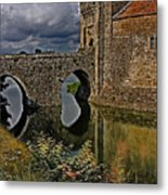 The Gatehouse And Moat At Leeds Castle Metal Print