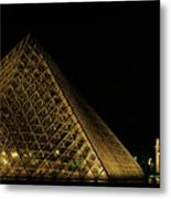 The Louvre Pyramid And The Arc De Triomphe Du Carrousel At Night Metal Print