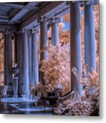 The Porch Of The European Collection Art Gallery At The Huntington Library In Infrared Metal Print