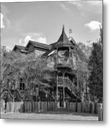 This Old House In Black And White Metal Print