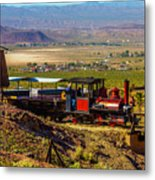 Train Coming Into The Station Metal Print