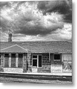 Train Stop Bw Metal Print