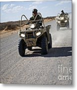 U.s. Soldiers Perform Maneuvers Metal Print