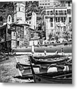 Vernazza Boats And Church Cinque Terre Italy Bw Metal Print