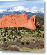 View Of Pikes Peak And Garden Of The Gods Park In Colorado Springs In Th Metal Print