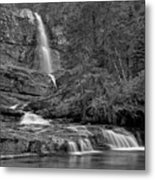 Virgina Falls In The Pool - Black And White Metal Print
