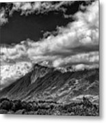 Volcan De Fuego - Bnw - Antigua Guatemala Metal Print