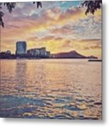 Waikiki Sunrise Metal Print