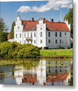 Wanas Slott With Reflection Metal Print