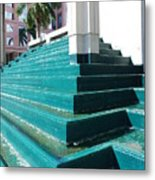 Water At The Federl Courthouse Metal Print