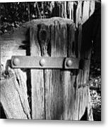 Weathered Fence In Black And White Metal Print