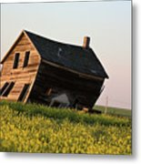 Weathered Old Farm House In Scenic Saskatchewan Metal Print