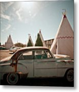 Wigwam Motel Classic Car #8 Metal Print