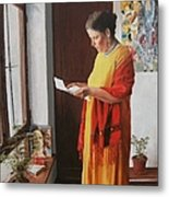 Woman Reading A Letter Metal Print by Kevin Hopkins