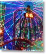 Wonder Wheel At The Coney Island Amusement Park Metal Print