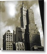 Old New York Photo - Historic Woolworth Building Metal Print