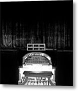 Wurlitzer Organ In The Lincoln Theatre Metal Print