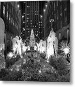 Christmas Tree At Rockefeller Center Metal Print