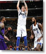 Dallas Mavericks V Los Angeles Lakers Metal Print