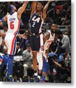 Detroit Pistons V La Clippers Metal Print
