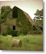 Abandoned Barn And Hay Roll 2018d Metal Print