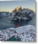 Arctic Sunset Metal Print