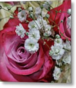 Baby's Breath And Roses Metal Print