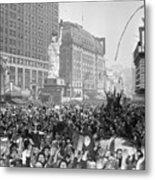 Celebrants In Times Square On V-e Day Metal Print