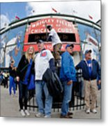 Chicago Cubs Fans Watch Game Four In Metal Print