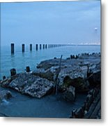 Foggy View Of Chicago From Lakeshore Metal Print