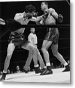 Joe Louis And Billy Conn In Boxing Match Metal Print