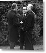 Kissinger And Le Duc Tho Talk Metal Print