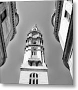 Looking Up - City Hall Court Yard In Black And White Metal Print