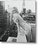 Marilyn On The Roof Metal Print