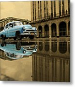 Old Blue Car In Havana Metal Print