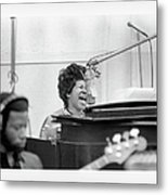 Queen Of Soul Recording In Ny Metal Print