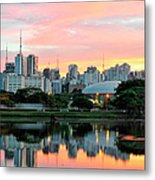 Skyline With Reflections On Lake At Metal Print