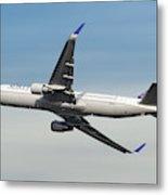 United Airlines Boeing 767-322 Metal Print