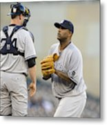 New York Yankees v Minnesota Twins Metal Print