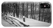Rural Winter Scene With Fence IPhone X Case